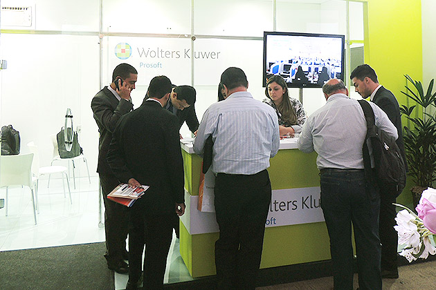 Wolters Kluwer 21
